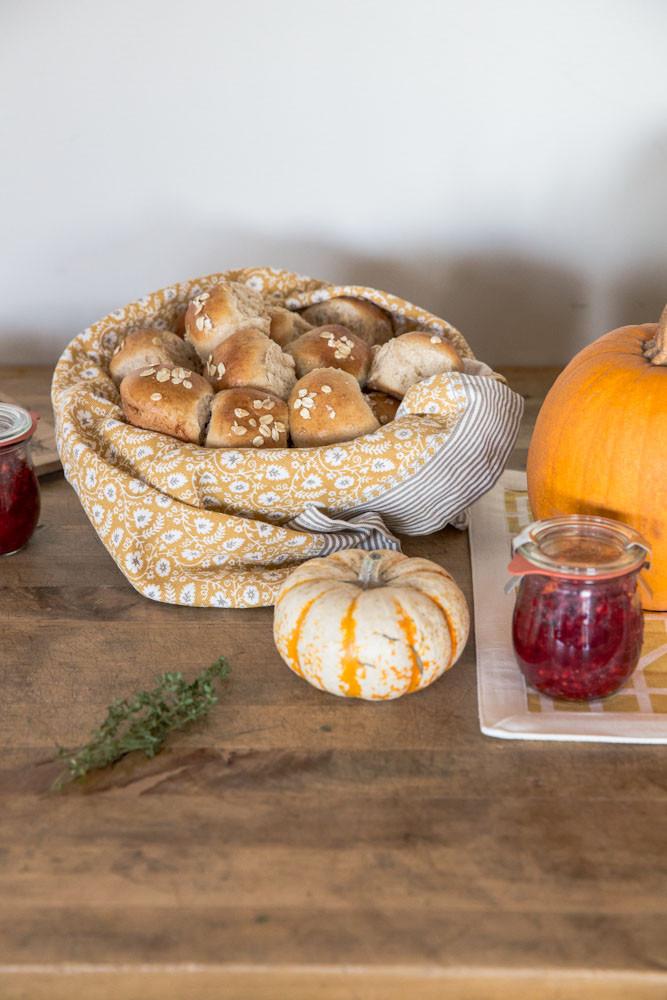 Thanksgiving Dinner Roll  Honey Whole Grain Dinner Roll Recipe for Thanksgiving