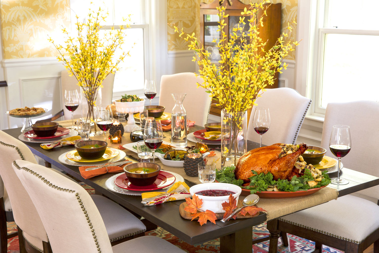Thanksgiving Dinner Table  Elegant Thanksgiving Table s and