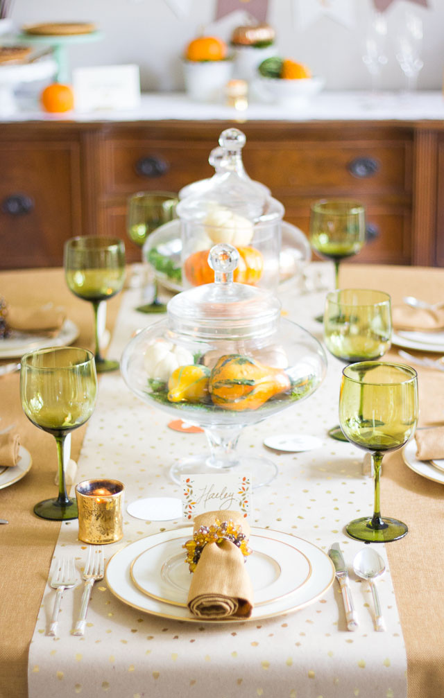 Thanksgiving Dinner Table Decorations  Thanksgiving Dinner Decorating Ideas with Minted