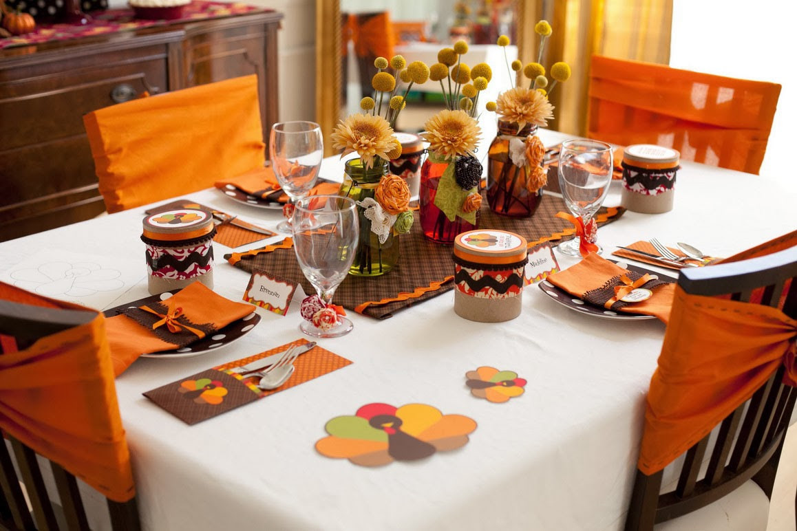 Thanksgiving Dinner Table Decorations  How to Throw a Great Thanksgiving Dinner Party for Your