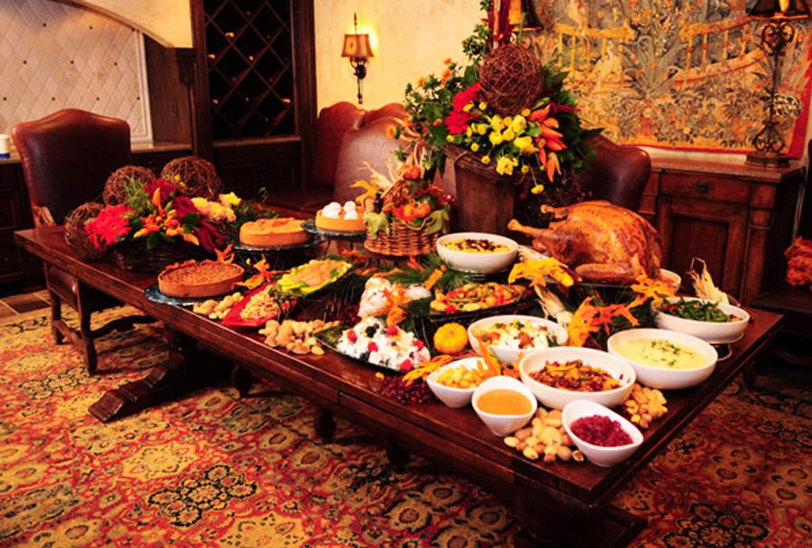 Thanksgiving Dinner Table  Thanksgiving