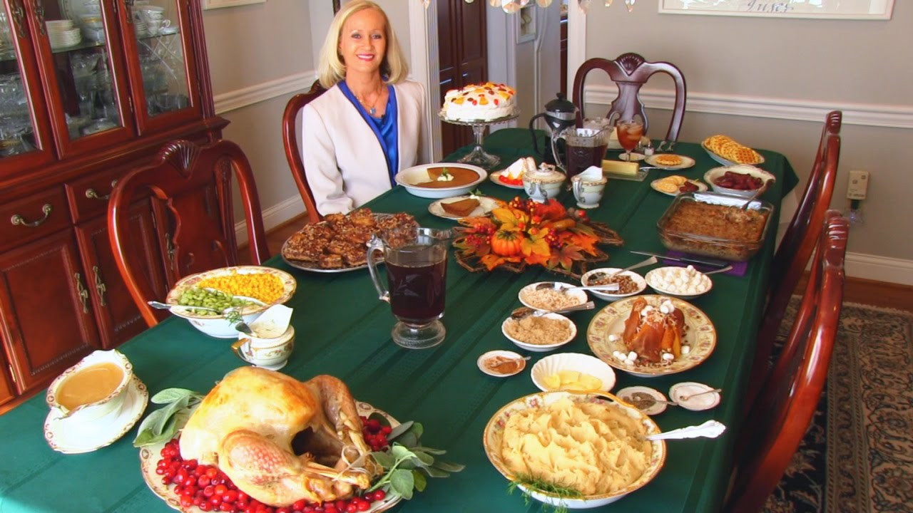Thanksgiving Dinner Table  Betty s Thanksgiving Dinner Table 2014 Thanksgiving