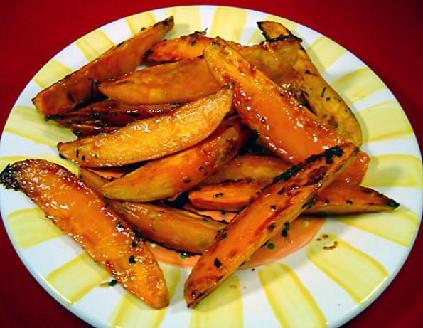 Thanksgiving Roasted Sweet Potatoes  Rosemary Roasted Sweet Potatoes Recipe Thanksgiving Food