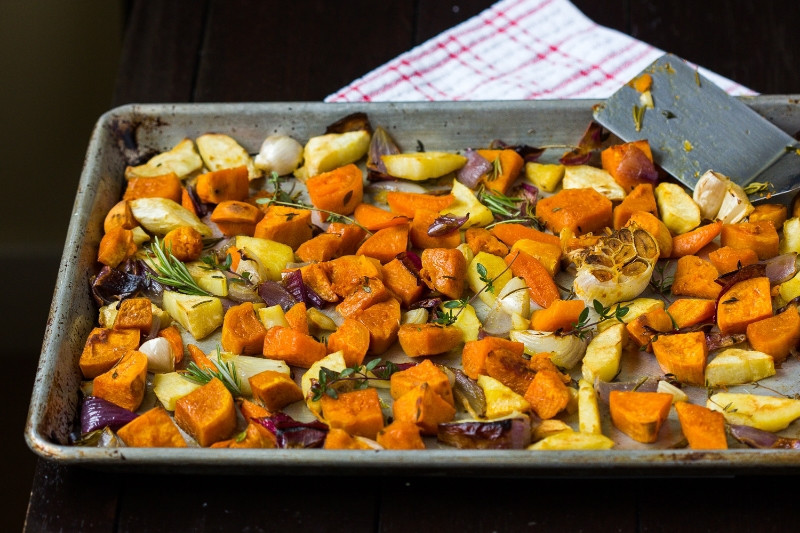 Thanksgiving Roasted Vegetables  roasted ve ables thanksgiving