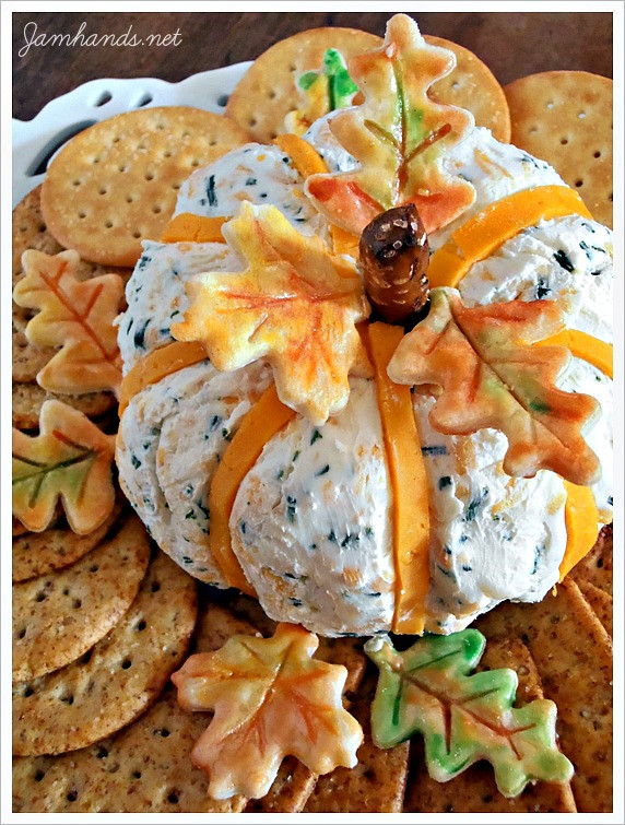 Thanksgiving Themed Appetizers  Best Thanksgiving Recipes Roundup Layers of Happiness