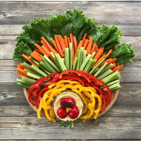 Thanksgiving Turkey Veggie Tray  How to Make a Thanksgiving Turkey Veggie Platter