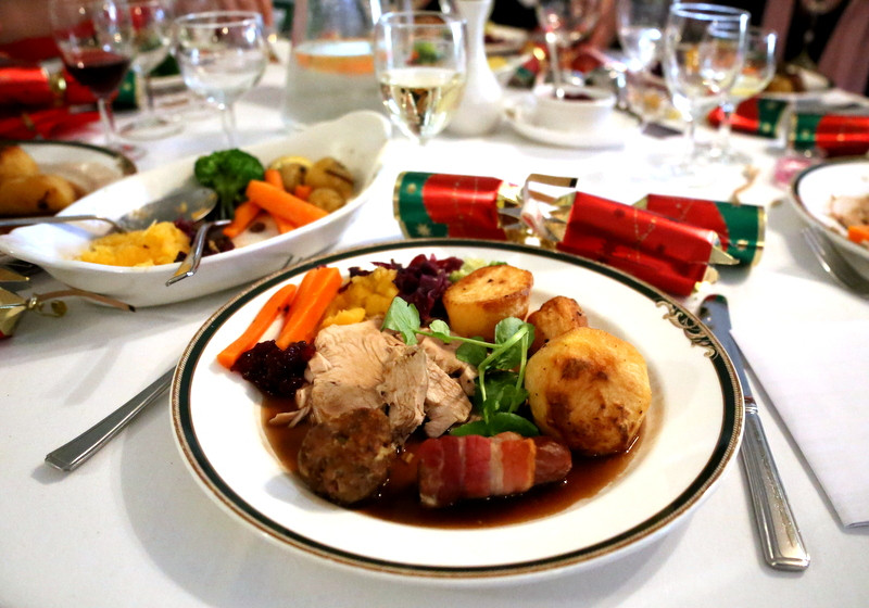 Traditional British Christmas Dinner  7 Things American's won't about a Traditional British