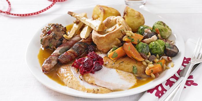 Traditional British Christmas Dinner  plete Christmas menus