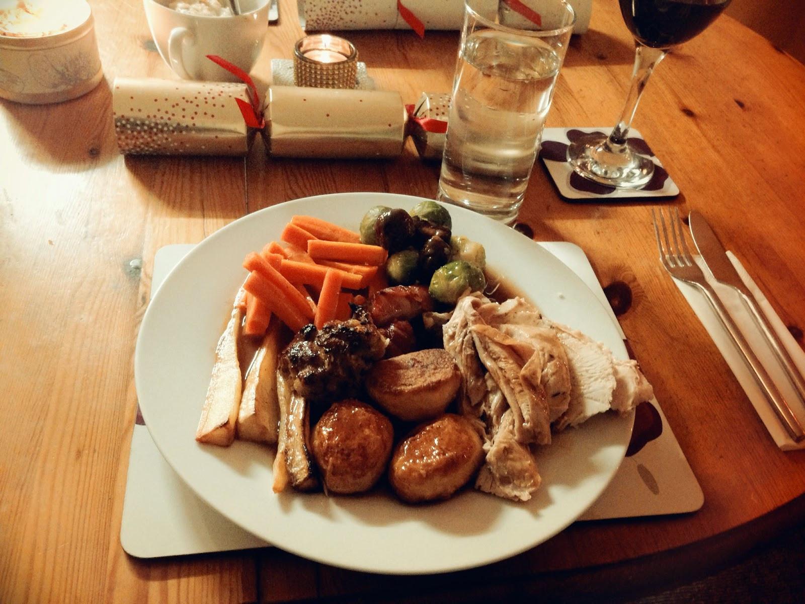 Traditional English Christmas Dinner  Julie Pennell A Traditional Christmas Dinner England