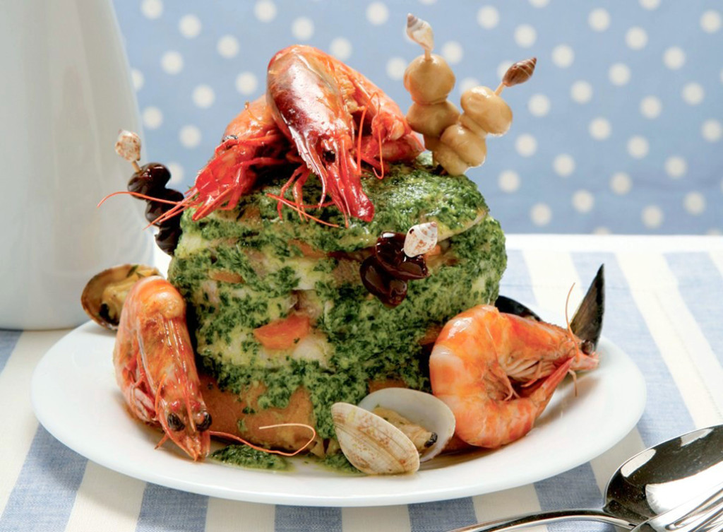 Traditional Italian Christmas Dinner  20 traditional dishes of the Italian Christmas dinner