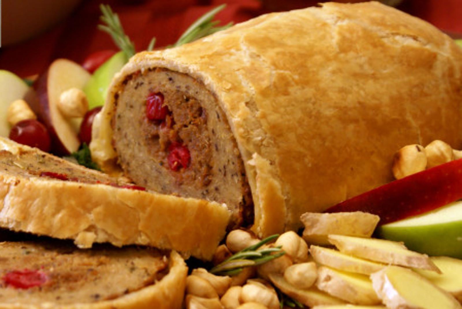 Turkey Alternative Thanksgiving  The Best Meatless Turkey Alternatives for Thanksgiving