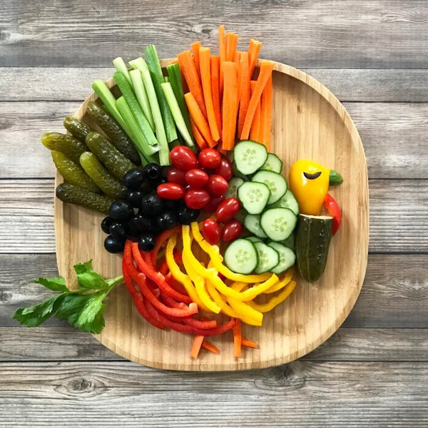 Turkey Veggie Platter For Thanksgiving  How to Make a Thanksgiving Turkey Veggie Platter