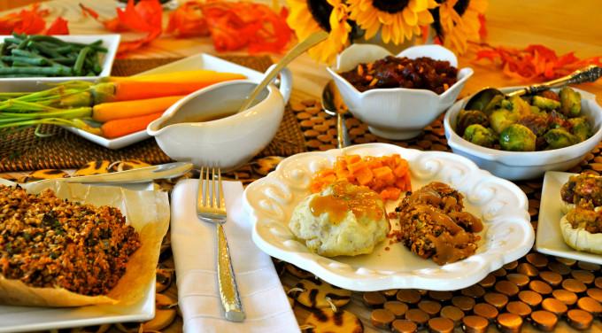 Vegan Christmas Dinner  Vegan Thanksgiving Recipes For A plete Holiday Dinner