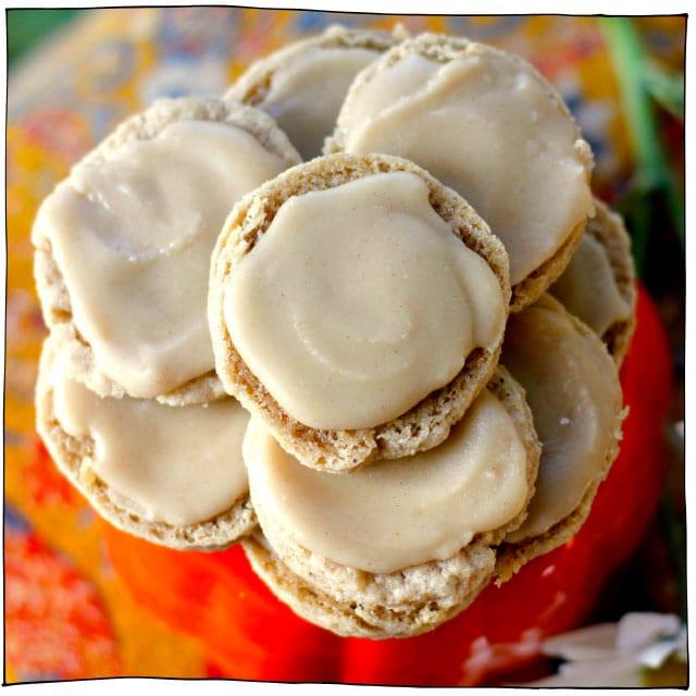 Vegan Christmas Sugar Cookies  25 Vegan Christmas Cookies You Need to Bake Right Now