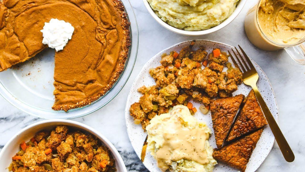 Vegan Thanksgiving Dinner  Easy Vegan Thanksgiving Dinner in Under 2 HOURS 🦃