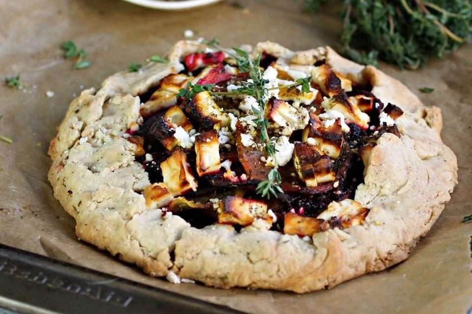 Vegetarian Main Dish For Thanksgiving  23 Ve arian and Vegan Thanksgiving Main Dish Recipes