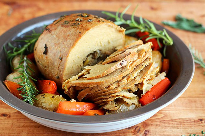 Vegetarian Turkey For Thanksgiving  15 Ve arian Thanksgiving Entrees That Will Wow You