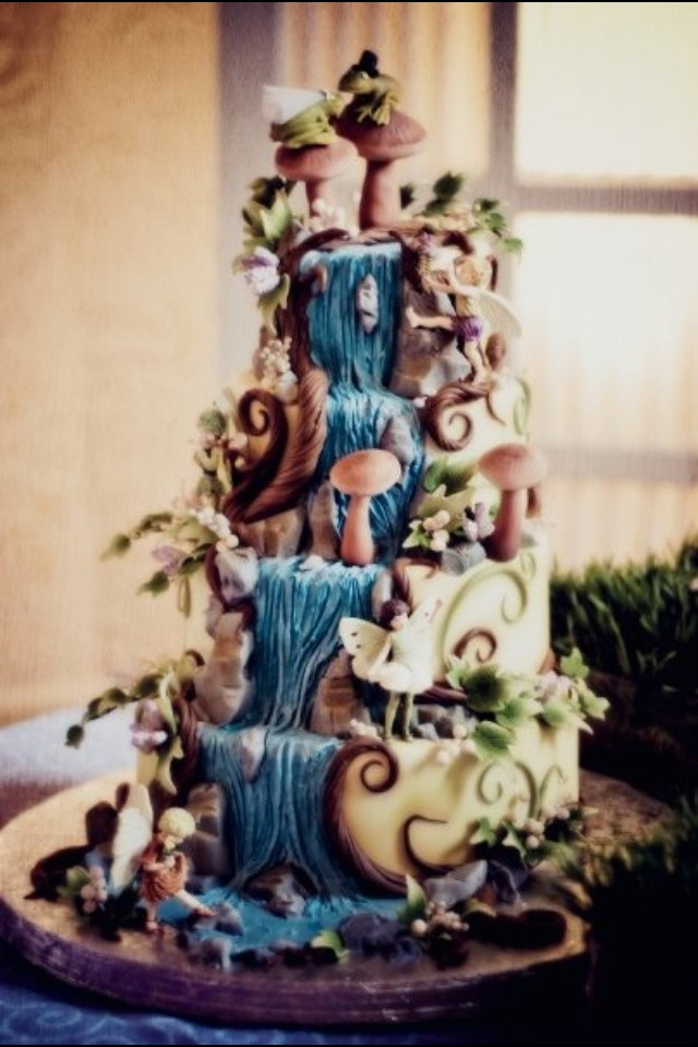 Waterfall Wedding Cakes  70 best wedding cakes images on Pinterest