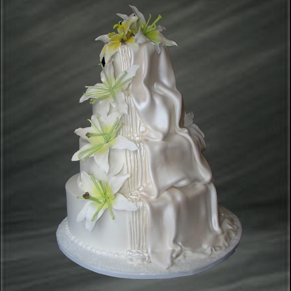 Waterfalls Wedding Cakes  Cascading Waterfall Wedding Cake Palermo s