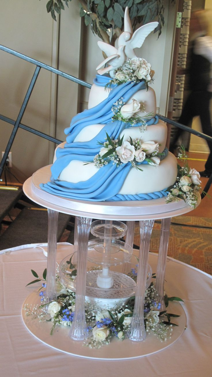 Waterfalls Wedding Cakes  Waterfall Wedding Cake Cake Ideas and Designs