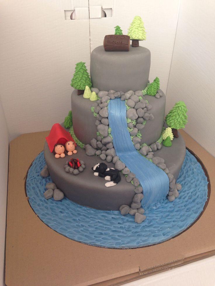 Waterfalls Wedding Cakes  25 best ideas about Waterfall cake on Pinterest