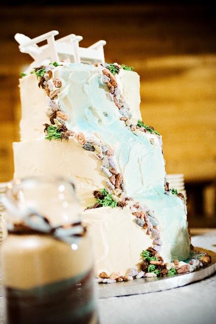Waterfalls Wedding Cakes  25 best Waterfall Cake images on Pinterest