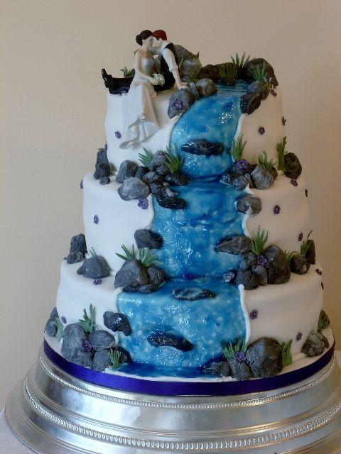 Waterfalls Wedding Cakes  Beautiful Wedding Cakes with Waterfall