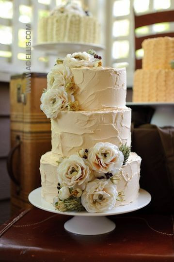 Wedding Cakes Sioux Falls  The Cake Lady Bakery Wedding Cake Sioux Falls SD