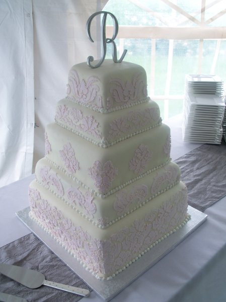 Wedding Cakes Sioux Falls  QT Cakes Sioux Falls SD Wedding Cake