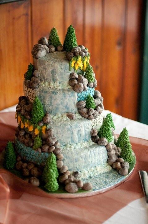 Wedding Cakes With Waterfalls  Best 20 Waterfall wedding ideas on Pinterest
